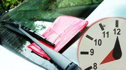 Tárcsás parkolás: Az orvosokat, ápolókat is büntetik Budaörsön