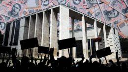 Wittinghoff Tamás jutalmat kap, a Budaörsi Polgármesteri Hivatal sztrájkol szerdán