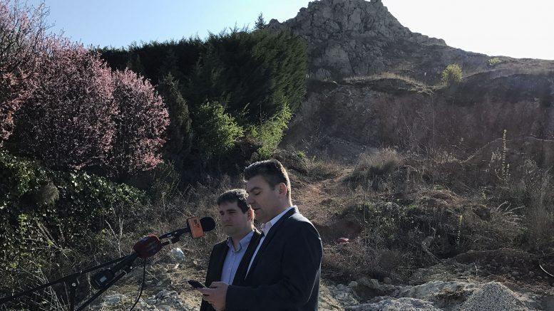 A budaörsi Fidesz sajtótájékoztatót tartott: Két éves a Kőhegyi tájseb