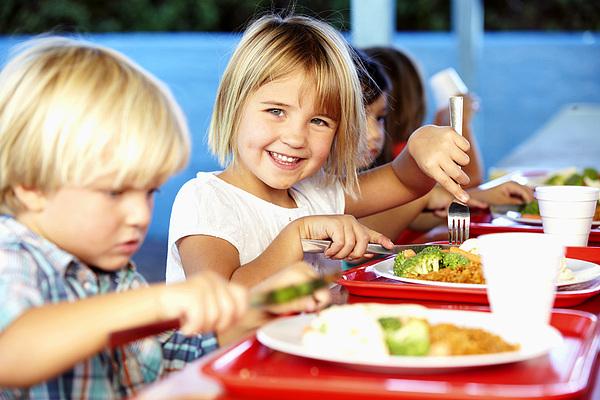 Augusztus 5. és 15. között rendelhető meg a szeptemberi iskolai étkezés