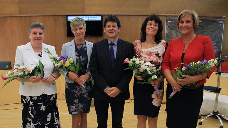 Elismeréseket adtak át a Városházán, Budaörsön