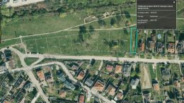 A kamaraerdei Kolozsvári utcában nyolcezer négyzetméteres telket értékesít az önkormányzat a termálkút mellett